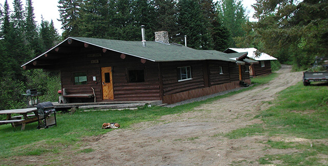 Main Lodges for Bear Hunting